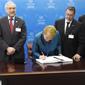 Presidenta Bachelet suscribe el Acuerdo de París