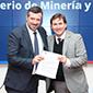 Corfo y Ministerio de Minería firman convenio para la explotación sustentable de salares