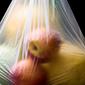 Senado aprueba proyecto que regula uso de bolsas plásticas