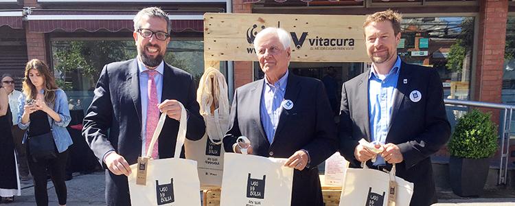 Vitacura inicia campaña para reducir uso de bolsas plásticas