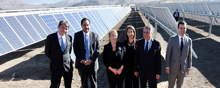 Presidenta Bachelet y Ministro Mena promulgan Acuerdo de París