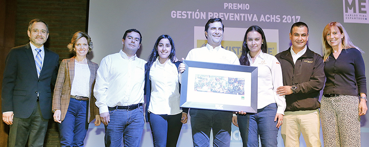 "ACHS entrega ""Premio Gestión Preventiva"" a Dust a Side por cero accidentes en 8 años"