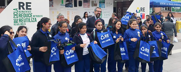 Casa Itinerante del Reciclaje fomenta reducción y clasificación de residuos en La Serena