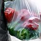 Este domingo el gran comercio dejará de entregar bolsas plásticas