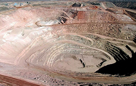 Corte Suprema revierte permiso para que mina Cerro Colorado continúe operando