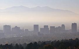 Personas que respiran aire contaminado tienen más riesgo de alzhéimer