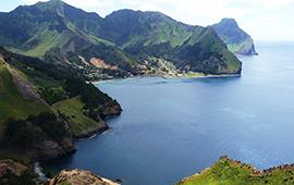 Científicos advierten amenazas ambientales sobre islas oceánicas chilenas