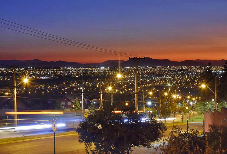 Parte consulta pública de anteproyecto de norma lumínica que abarcará a todo Chile