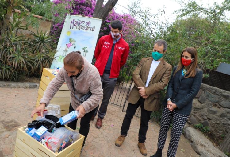 """Comunidad Ecológica de Peñalolén implementa """"Reciclaje a tu Puerta"""""""