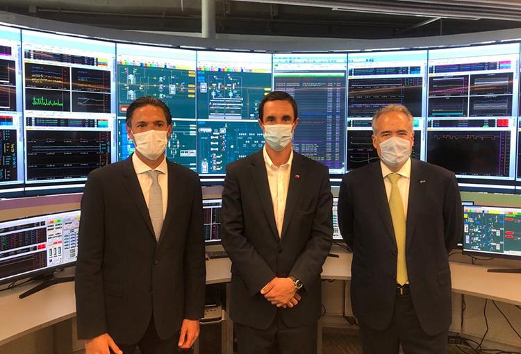 AES Gener inicia construcción de dos proyectos ERNC que integran cuatro tecnologías