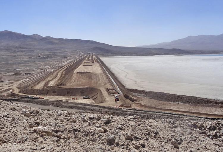 Minera Escondida enfrenta cargos por afectar recursos hídricos en sector de Tilopozo