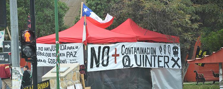 Nuevas intoxicaciones desatan protestas en Quintero a horas de alerta sanitaria
