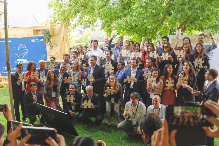 Presentan hoja de ruta para guiar transición del plástico hacia la economía circular
