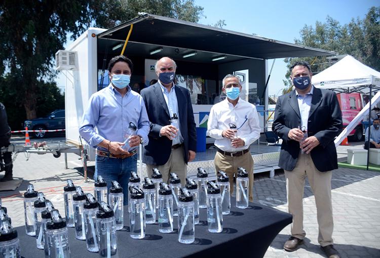 Aguas Andinas firma convenio para apoyar a vecinos de La Florida