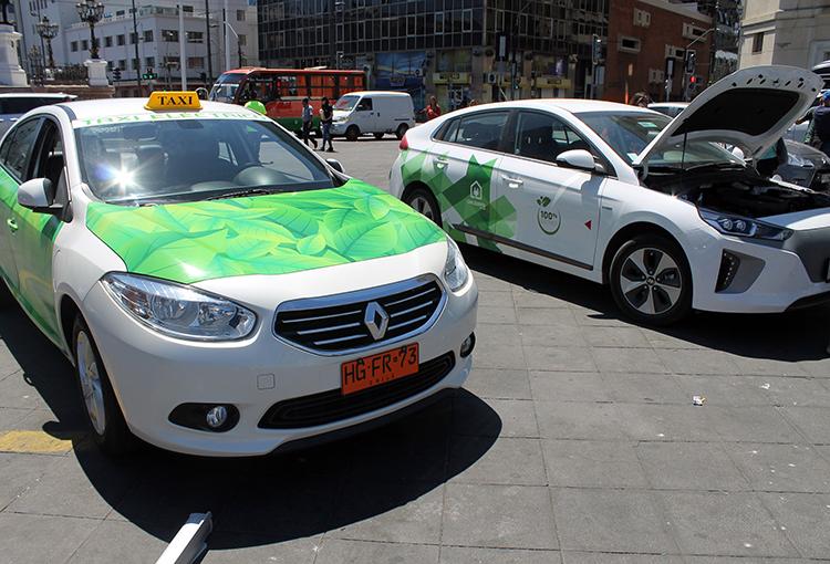 Abren licitación de taxis eléctricos para Valparaíso, Viña del Mar y San Antonio