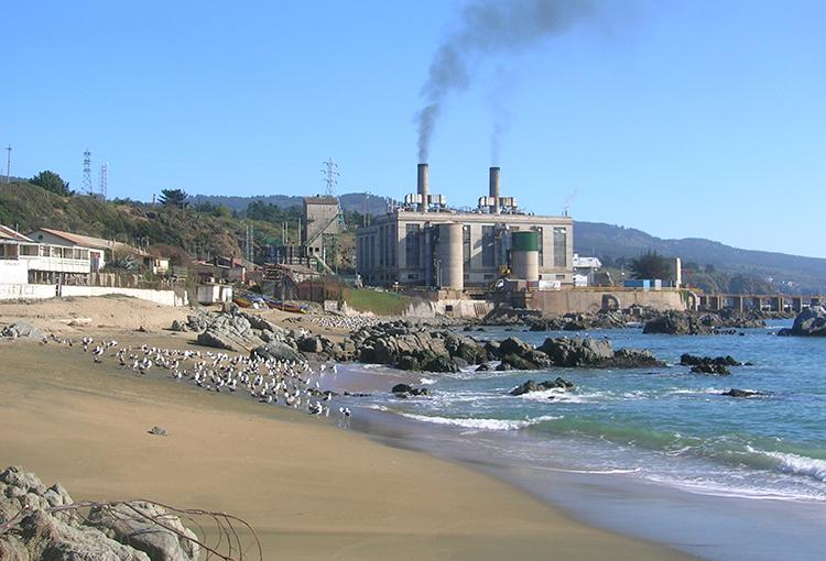 AES Gener anuncia cierre definitivo de la central Laguna Verde en Valparaíso