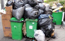 Recolectores de basura de tres federaciones deponen paralización