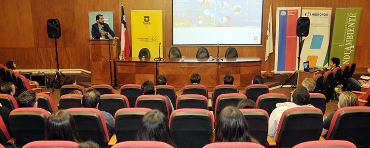 Especialistas abordaron desafíos y soluciones para residuos sólidos en el Maule