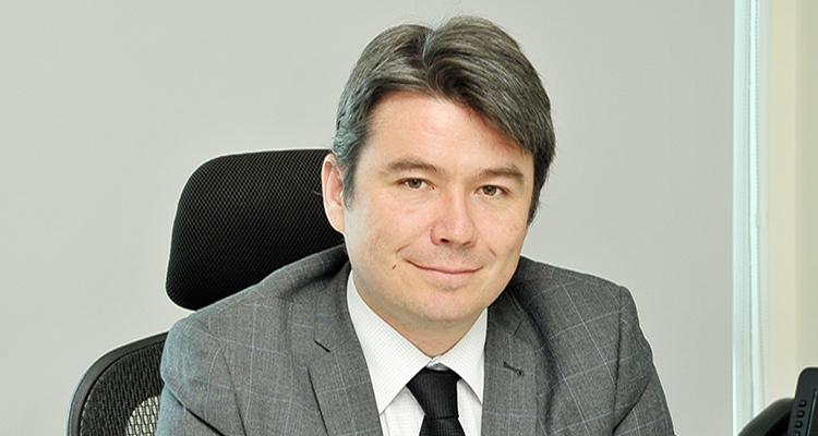 Pablo Badenier renuncia y Marcelo Mena asume como nuevo ministro del Medio  Ambiente - Induambiente